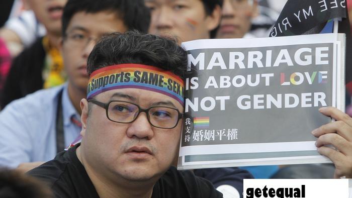 Aktivis LGBT Berjuang untuk Perlindungan Konstitusi di Thailand